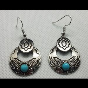 unbranded Jewelry - New Silver Turquoise Southwestern Dangle Earrings